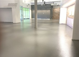 decorative-quartz-floor-with-topcoat-3